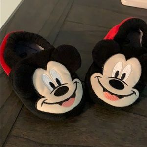Youth Mickey slippers